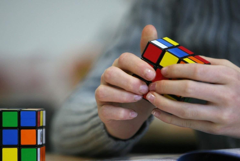 Как кубик Рубика может помочь учителю математики?>